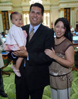 Felipe & Lena Wu-Fuentes with daughter Lliana